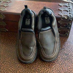 Faded Glory boys slip on 👞 shoes!!!